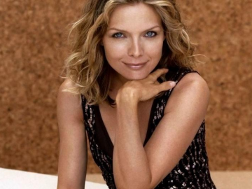Michelle Pfeiffer captivates entertainment insiders with news of move to tv
