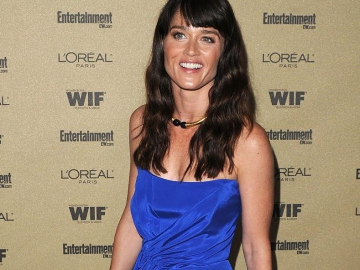 Robin Tunney surprises fans with disclosure she is unsure about next role?