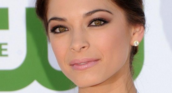 Kristin Kreuk close up
