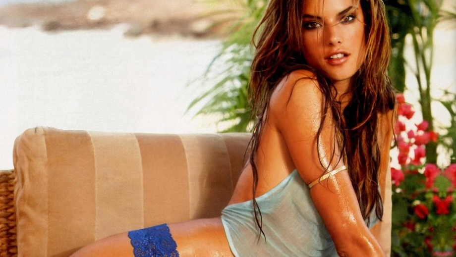 Alessandra Ambrosio teams up with Planet Blue to launch fashion line