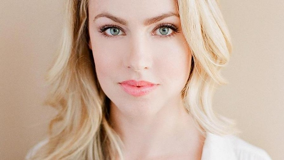 Amanda Schull looks at 12 Monkey tv role as dream characer