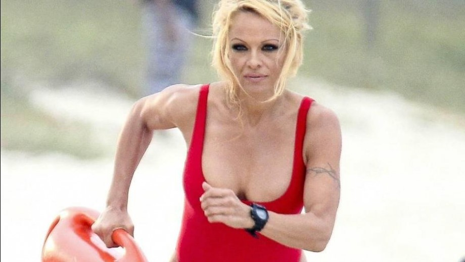 Are Pamela Anderson's old habits causing marriage problems?