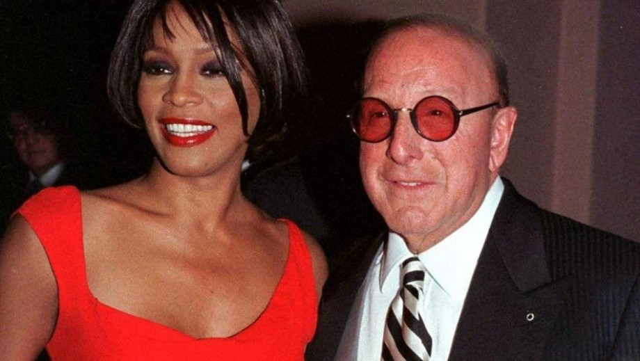 Clive Davis, record executive, party planner superstar