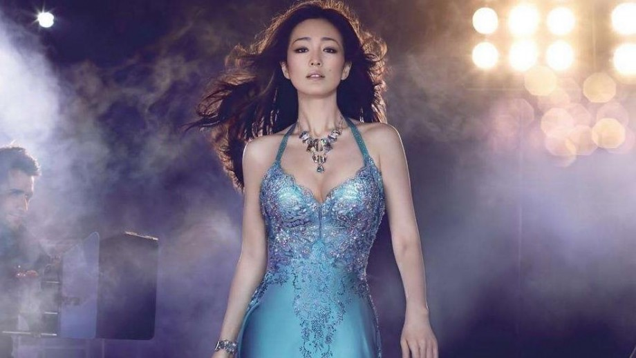 "Gong Li moves Steven Spielberg to tears in ""Coming Home"""
