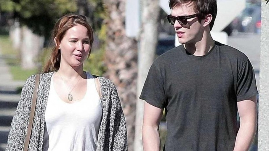 """Nicholas Hoult filming """"Kill Your Friends"""", no time for wedding ... yet"""