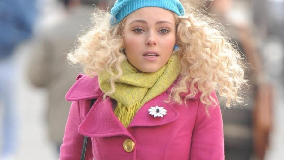 "Was the end of ""Carrie Diaries"" a blessing for AnnaSophia Robb?"