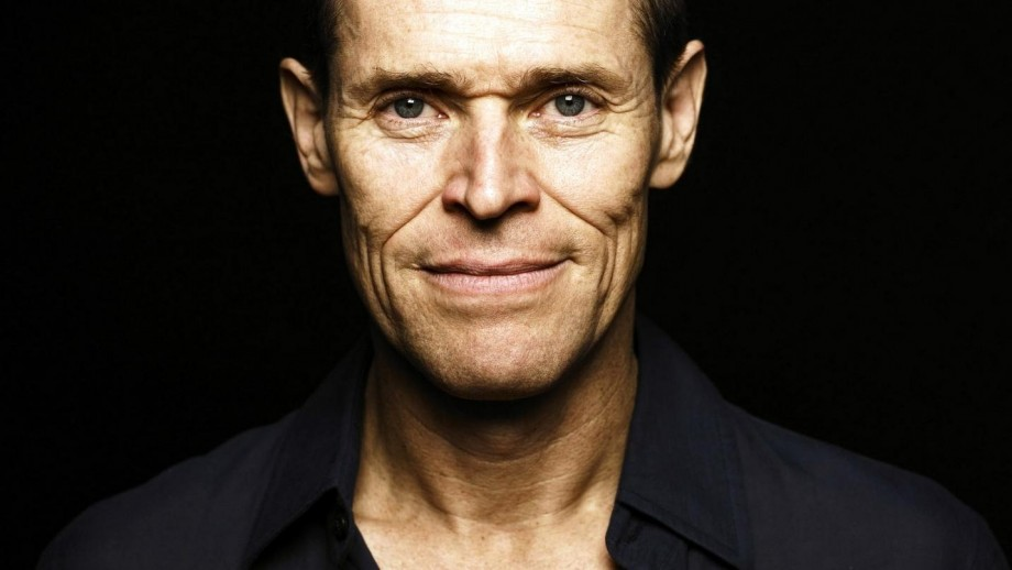 Willem Dafoe's Italy vacation with gorgeous wife provides hope for older men