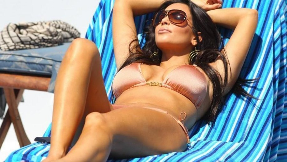 24 sexy Kim Kardashian pics proving she is the hottest reality TV star ever