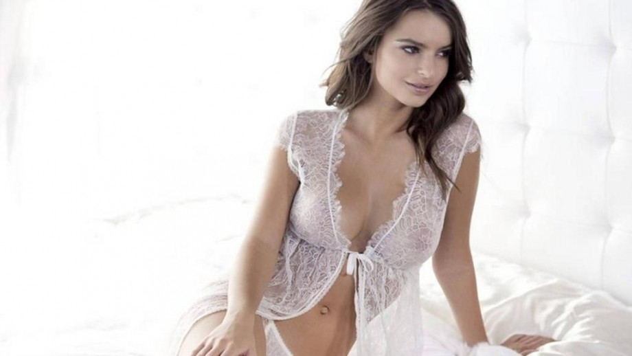 21 times Emily Ratajkowski proved she is as much an actress as a model