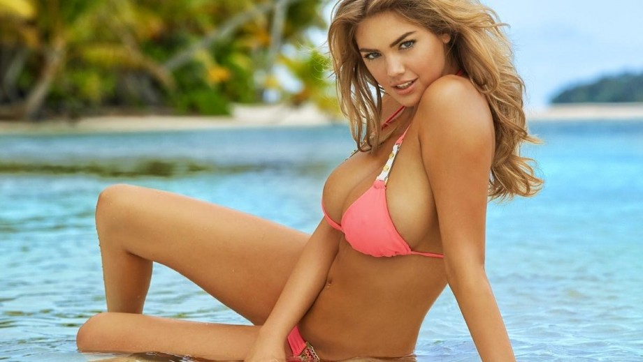 27 reasons why we would love Kate Upton as Supergirl in the DCEU