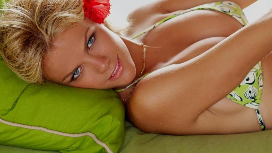21 reasons why we miss Brooklyn Decker as a model