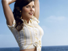 Sophia Bush urges young girls to be happy with their body