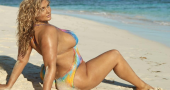 Hunter McGrady is a sexy plus-size model on the rise