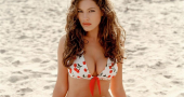 Kelly Brook is loving her natural look
