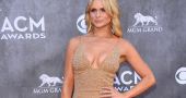 Miranda Lambert reveals her problems with social media