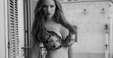 21 pics showing why Jordan Carver is our favourite German babe