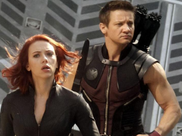 Comic book movie fans still eager to see Jeremy Renner get a Hawkeye Netflix series