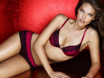 Emily DiDonato is one of the hottest models in the business