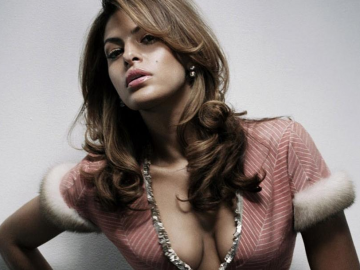 Eva Mendes struggles mixing motherhood with work