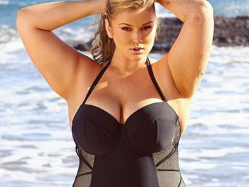 Hunter McGrady is proud of her beach body