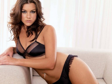 Imogen Thomas opens up about her breast reduction
