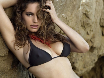 Kelly Brook excited for new movie Santet