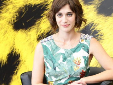 Lizzy Caplan reveals what drew her to Now You See Me 2 role