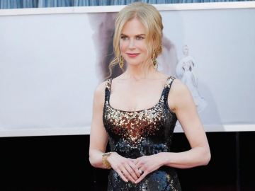 Nicole Kidman opens up about her dry skin issues