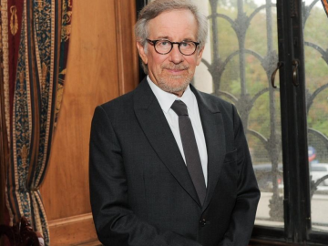 Steven Spielberg struggles to watch his own movies