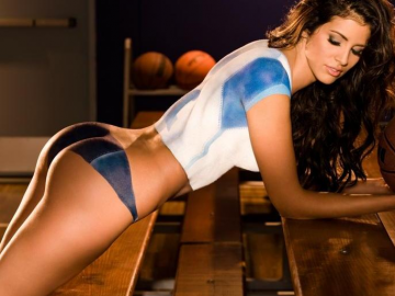 Will Hope Dworaczyk ever take up acting seriously?