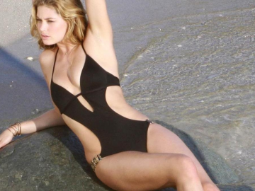 Wonder Woman success to lead to bigger Hollywood roles for supermodel Doutzen Kroes
