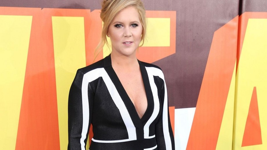 Amy Schumer speaks out about Aziz Ansari sexual misconduct accusation