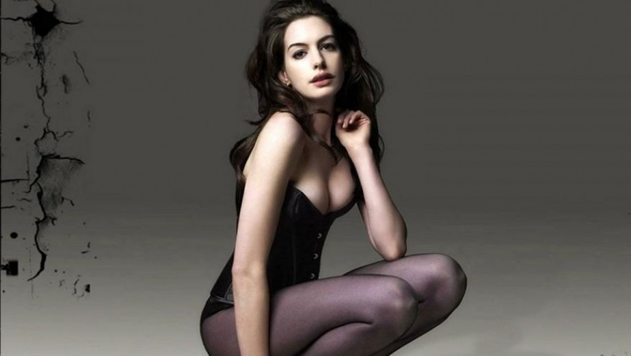 Anne Hathaway gives her views on marriage