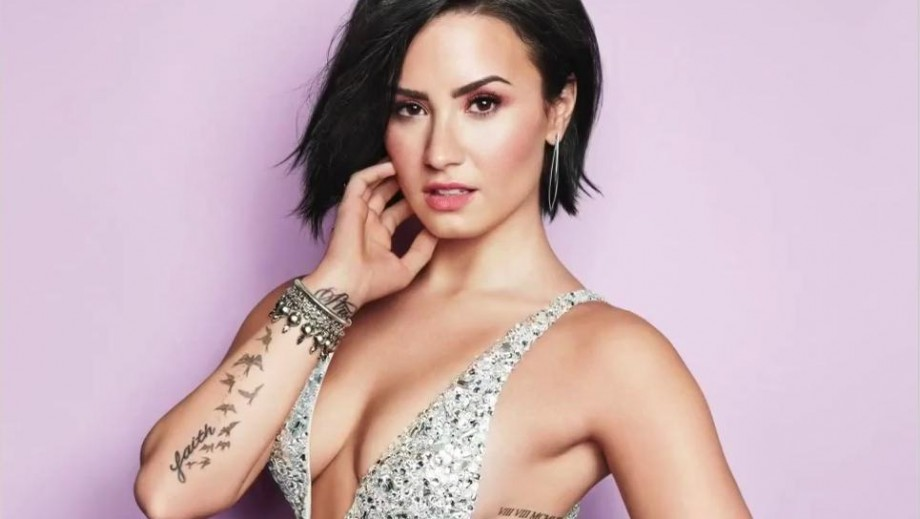 Demi Lovato shares her diet tips