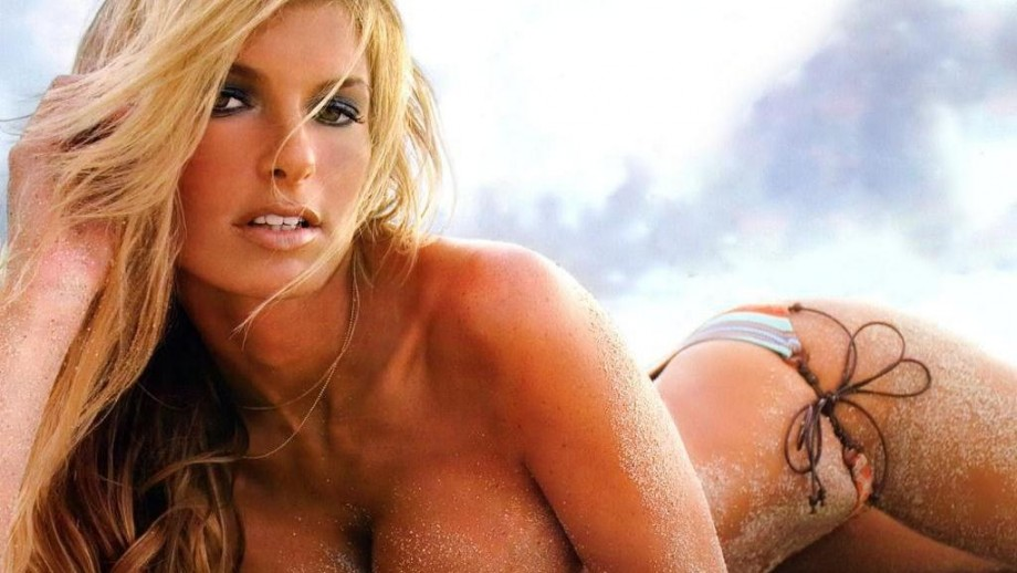 Fans eager to see Marisa Miller back modelling as she is as hot as ever