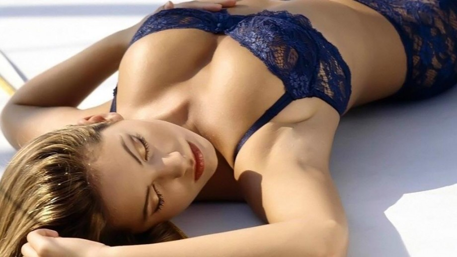 Kelly Brook to get her own gardening show?